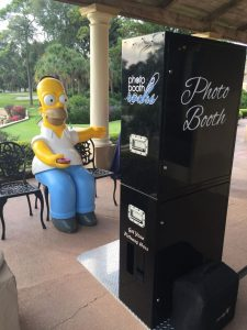 Homer Simpson at Mission Inn – Black Open Air Booth Style