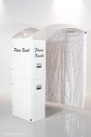 White Printz with Glitter Backdrop